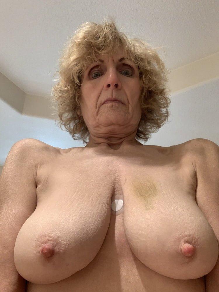 sassyClara from Lincolnshire,United Kingdom